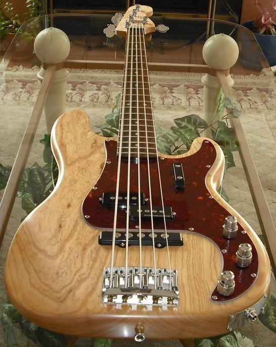 pj-bass5.jpg